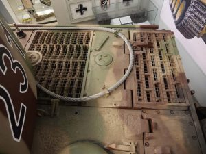MUNSTER TIGER - Engine deck grates
