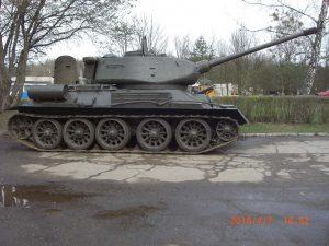 RUSSIAN T-34 - SIDE